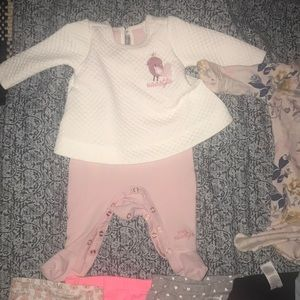 Carter's One Pieces - Baby girl winter clothes lot 0-3months